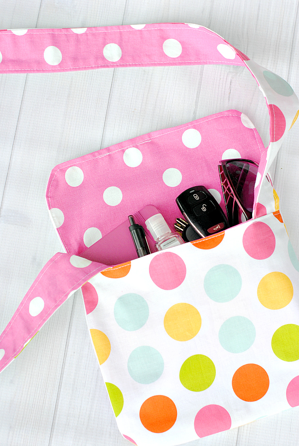 Easy Mini Messenger Bag Pattern for Kids
