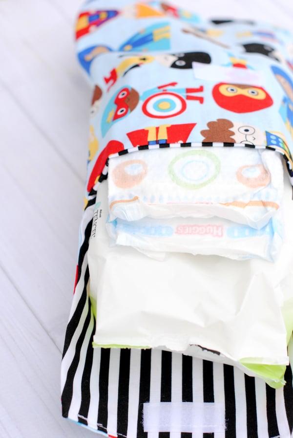 尿布和湿巾离合器|聪明的缝纫工程到upcycle织物废料