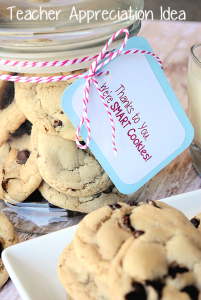 Taecher Appreciation Idea: Thanks to You We're Smart Cookies {with Printable} by CrazyLittleProjects.com #teacher #appreciation #gift