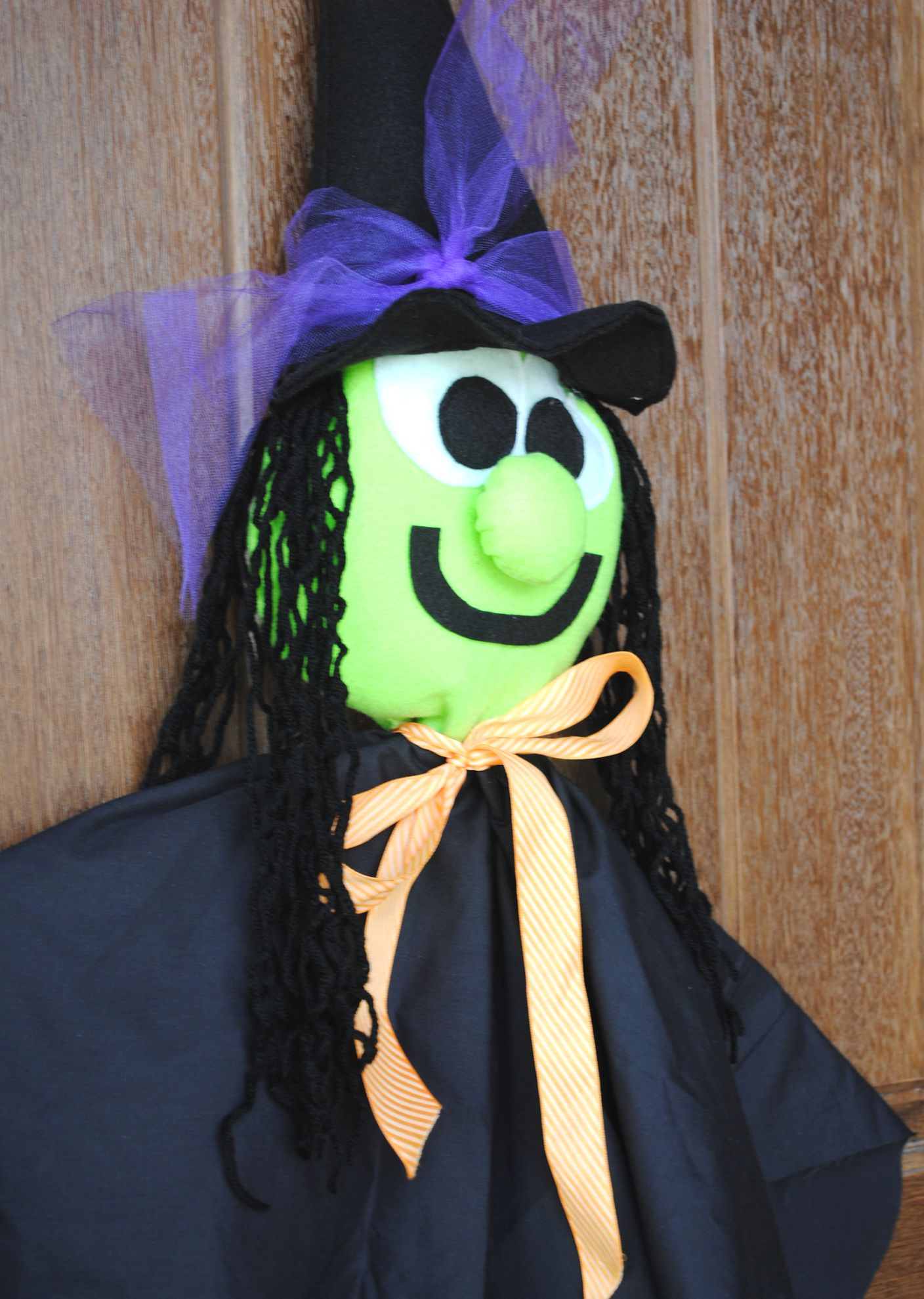 Cute Halloween Makeup Ideas: Cute Halloween Witch