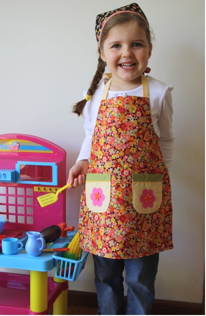 How to make an apron from fat quarters