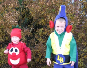 How to make a larry boy costume or bob the tomato