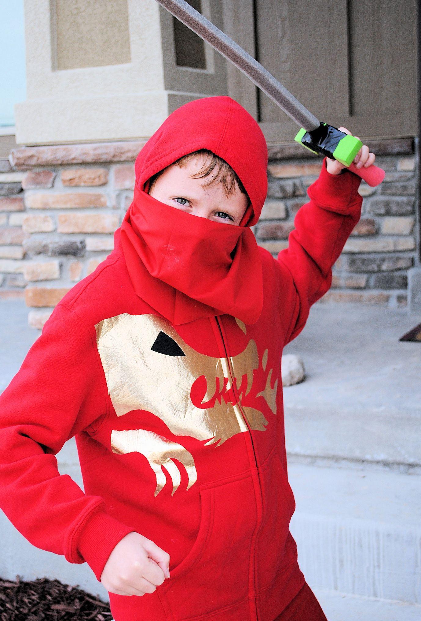 How to make a lego ninjago costume & Super Easy Ninja Costume Tutorial No Sew from Crazy Little ...