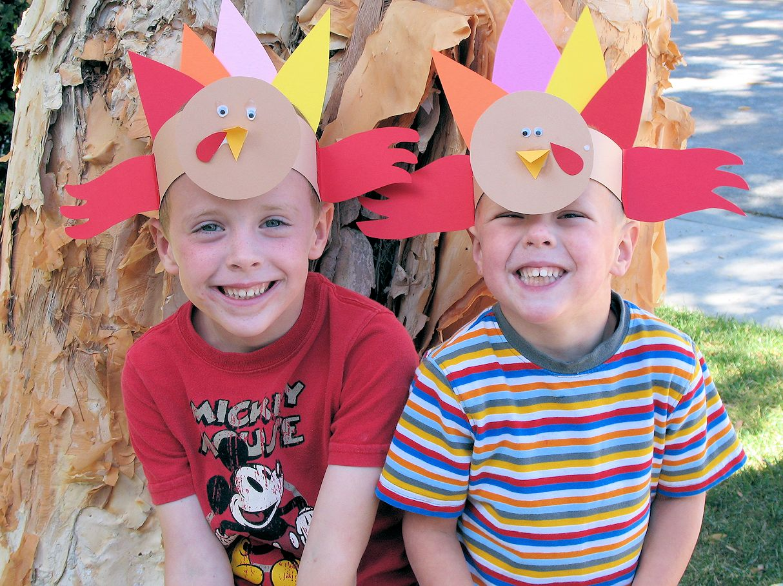 Kid S Thanksgiving Turkey Craft Crazy Little Projects