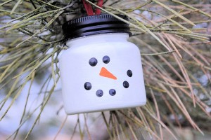 DIY Snowman Christmas Tree Ornaments for Kids