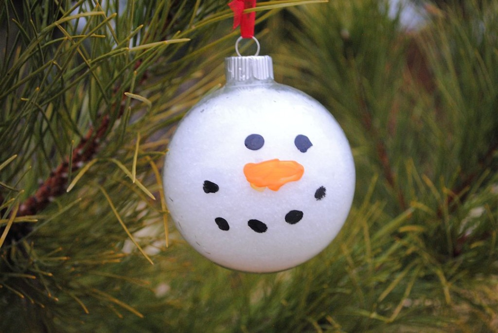 Christmas Ornament Craft Clear Balls : Snowy snowman ornament craft
