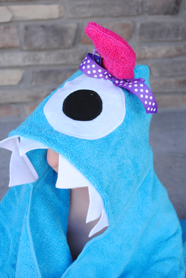 Monster Hooded Towel Tutorial