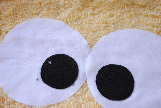 Lion hooded towel pattern
