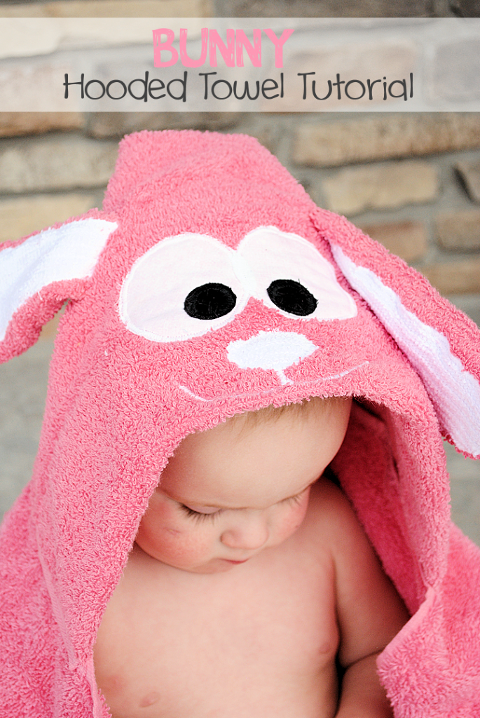 Bunny Hooded Towel Pattern: This cute bunny hooded towel is a perfect Easter gift or just a fun hooded towel for any little one that loves bunnies! #freepatterns #sew #Easter