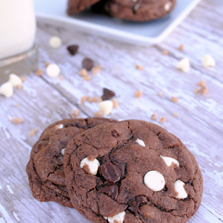 White Chip & Chocolate Toffee Cookie Recipe