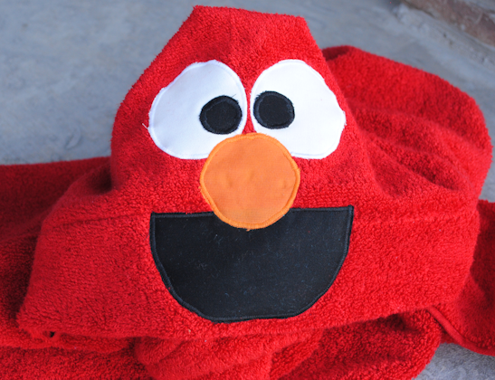 Elmo Hooded Bath Towel Tutorial