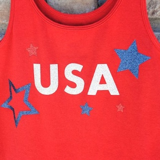 4th of July Shirts to Make {with Glitter!}