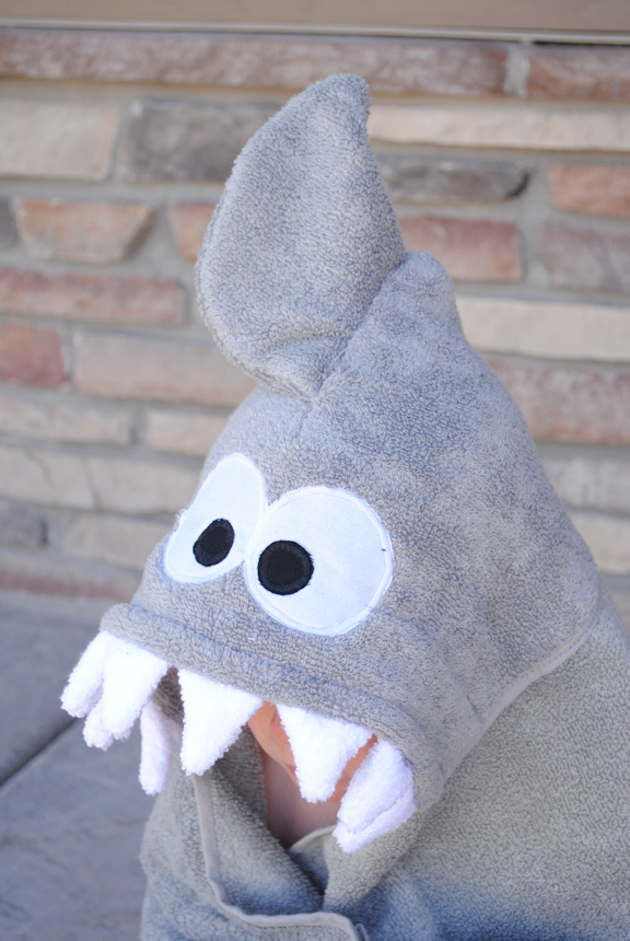 Shark Hooded Towel Tutorial and Pattern