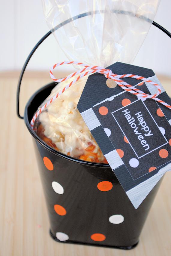 Polkdaot Halloween Bucket