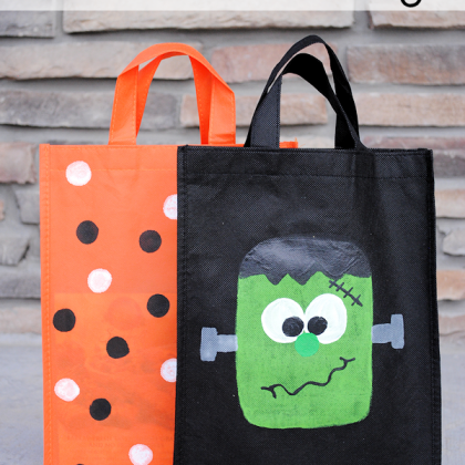 Paint Your Own Trick or Treat Bags