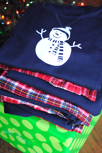 Add a snowman to your Christmas pajamas