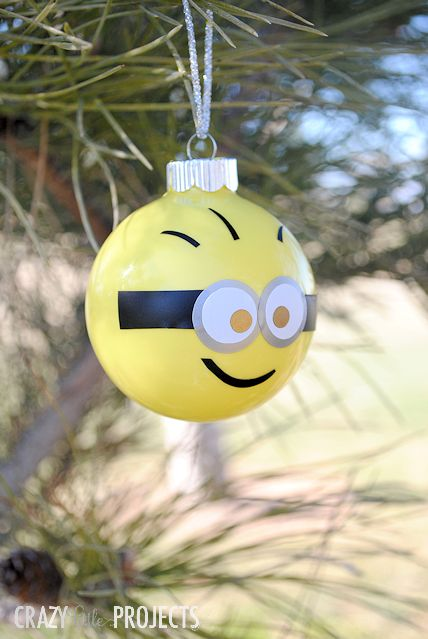 make your own minion ornaments - How To Make Your Own Christmas Decorations