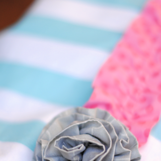 Five Minute Fabric Flowers Tutorial