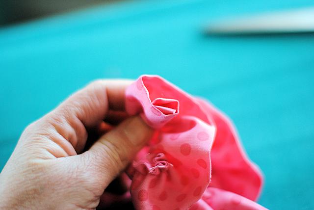 Makingfabricflowers