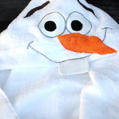 Olaf the Snowman Hooded Towel