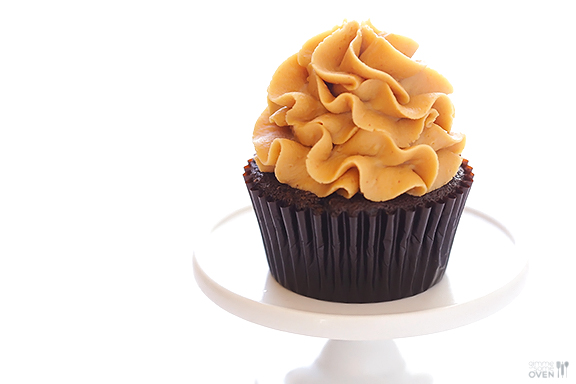 Chocolate-Peanut-Butter-Cupcakes-1