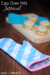 Quick and Easy Oven Mitt Tutorial