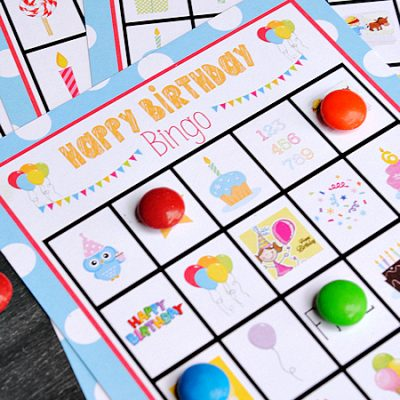 Birthday Bingo-This cute birthday bingo game can be printed and played at a kid's birthday party or just to celebrate the big day! #birthday #kids #games