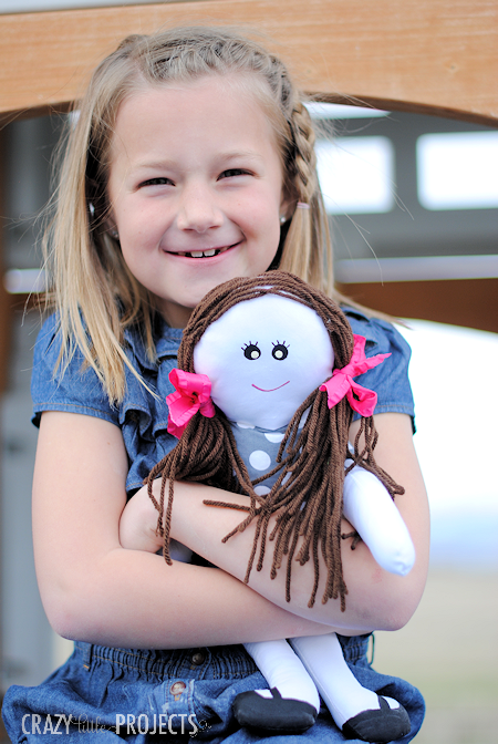 Cute Free Doll Patterns-Make this cute doll for the little girls in your life. An easy sewing project that turns out so cute! #sewing #dolls #sew #patterns