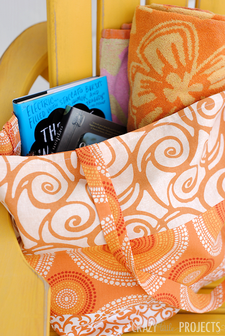 Perfect bag for summertime! Easy to make and great for the park or the beach