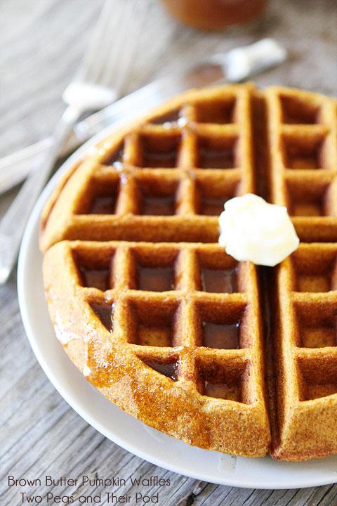 Brown-Butter-Pumpkin-Waffles-8