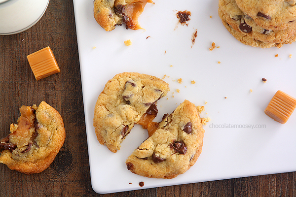 Caramel-Stuffed-Chocolate-Chip-Cookies-6973