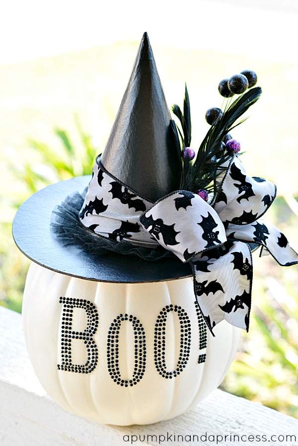 Glam-Black-and-White-Pumpkin