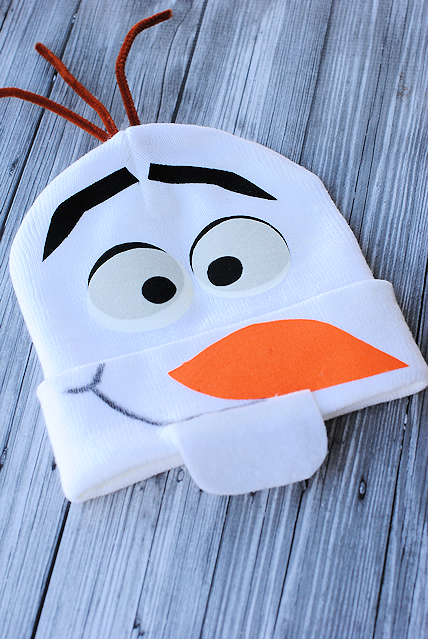Easy no sew olaf costume 89 more costume ideas crazy little projects olafcostumenosew solutioingenieria Image collections