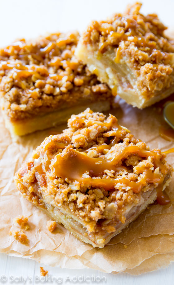 Salted-Caramel-Apple-Pie-Bars