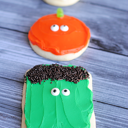 Simple Halloween Sugar Cookies: Pumpkins, Mummies & Monsters