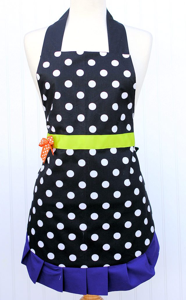 Cute Witch Halloween Apron Pattern