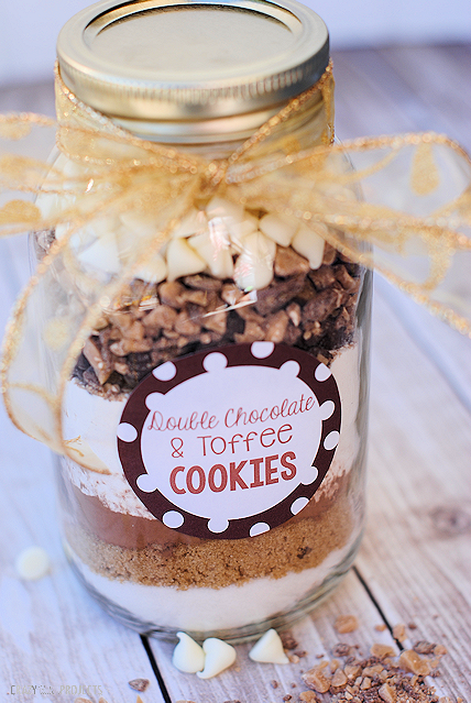 Cookies in a Jar Gift: Triple Chocolate Toffee