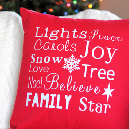 DIY Christmas Throw Pillows (& Thanksgiving!)