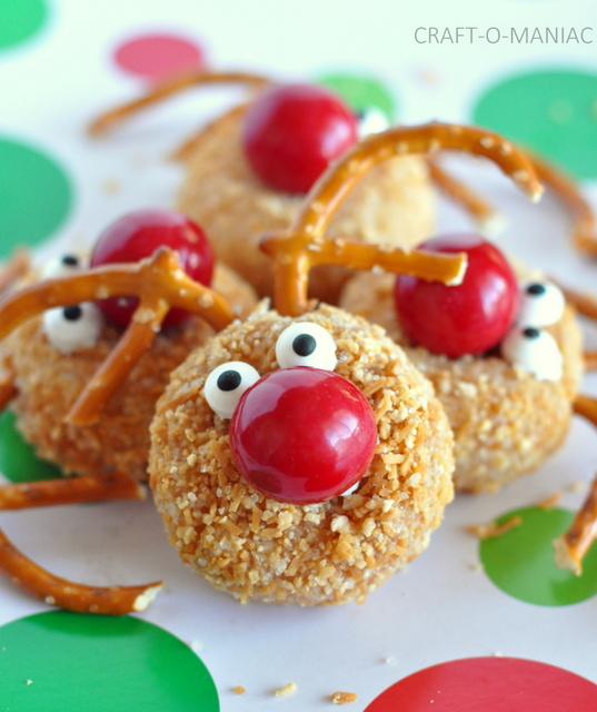 rudolph-donut-wholes5