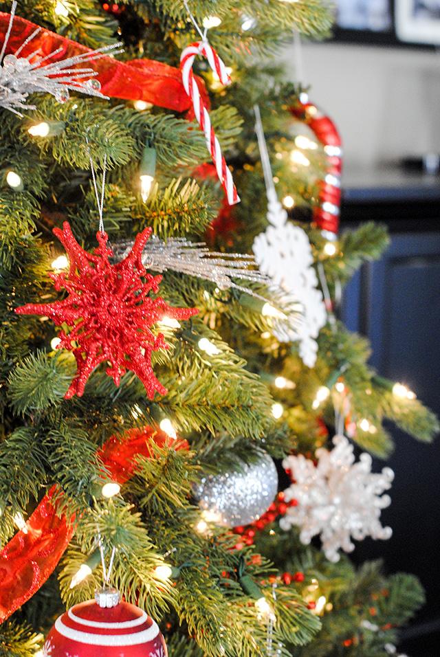 Christmastreecloseup2
