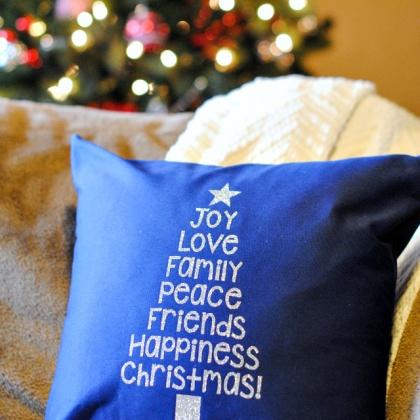 Free Printable Christmas Tree Word Art & Pillow Idea