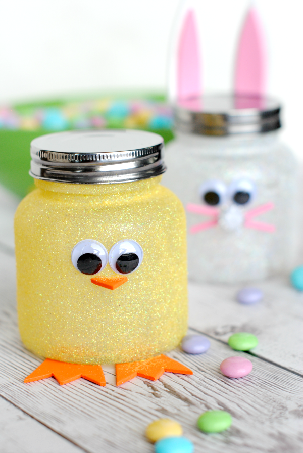 Cute Easter Craft Easter Candy Jars-These cute little bunny and chick jars are a perfect Easter craft! #easter #eastercrafts