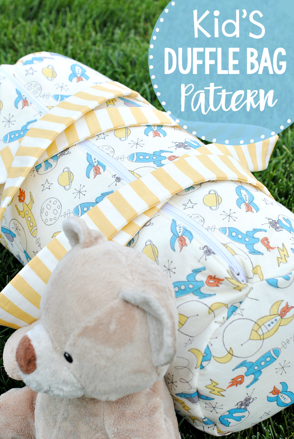 Kid's Duffle Bag Pattern-This cute bag is perfect for an overnighter to grandma's or to carry things to dance or soccer or wherever your kids are headed. Easy to follow duffle bag pattern. #sewingpattern #sewingtutorial #sewinginspiration #sewingideas
