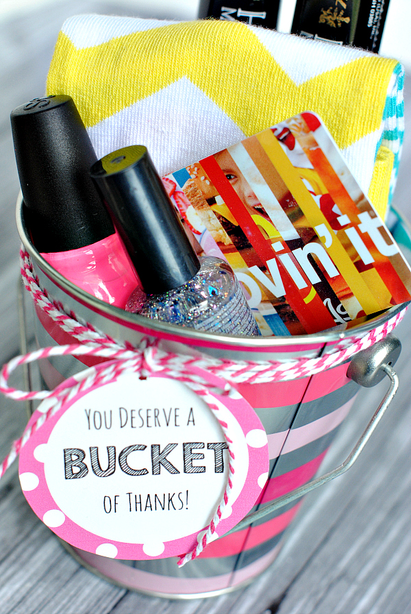 Cute and Creative Thank You Gift Ideas-You Deserve a Bucket of Thanks! Great for teacher appreciation or for anyone you want to say thank you to! #teacherappreciation #thankyougifts #giftideas