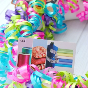 Gift Card Wreath {Fun Gift Idea!}