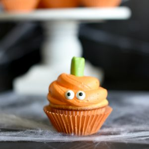 Cute and Easy Halloween Cupcake Ideas