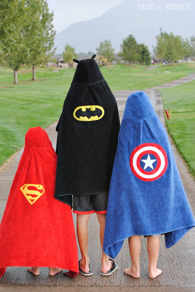 Make Your Favorite Superhero Hooded Towel-These fun hooded towels for kids are perfect for all ages and fun to sew! Make any superhero your kids love! #sew #sewing #sewingpattern #superhero #superheroes