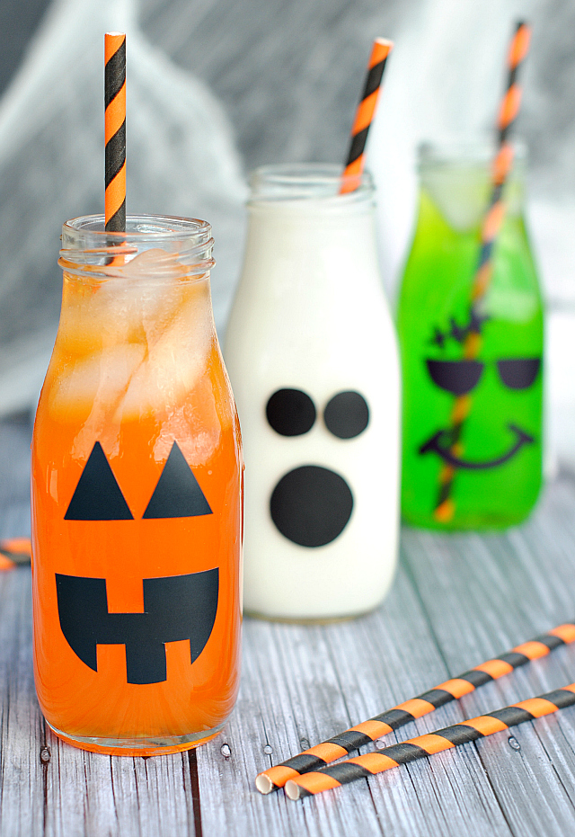 Halloween Drinks for Kids-A fun addition to any Halloween party and a creative way to serve any drink you want. #Halloween