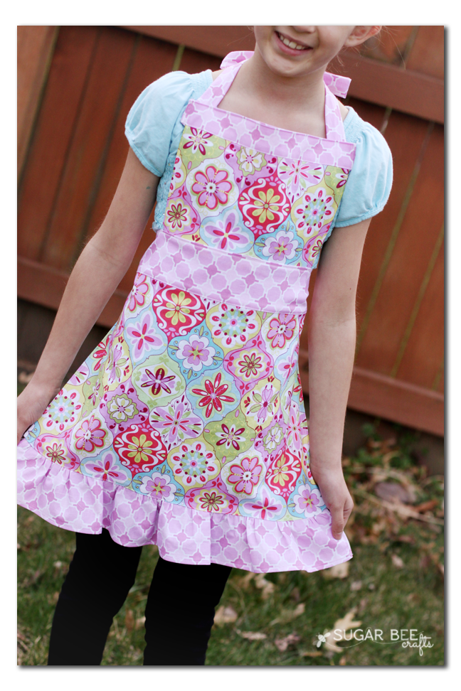 free girls apron pattern