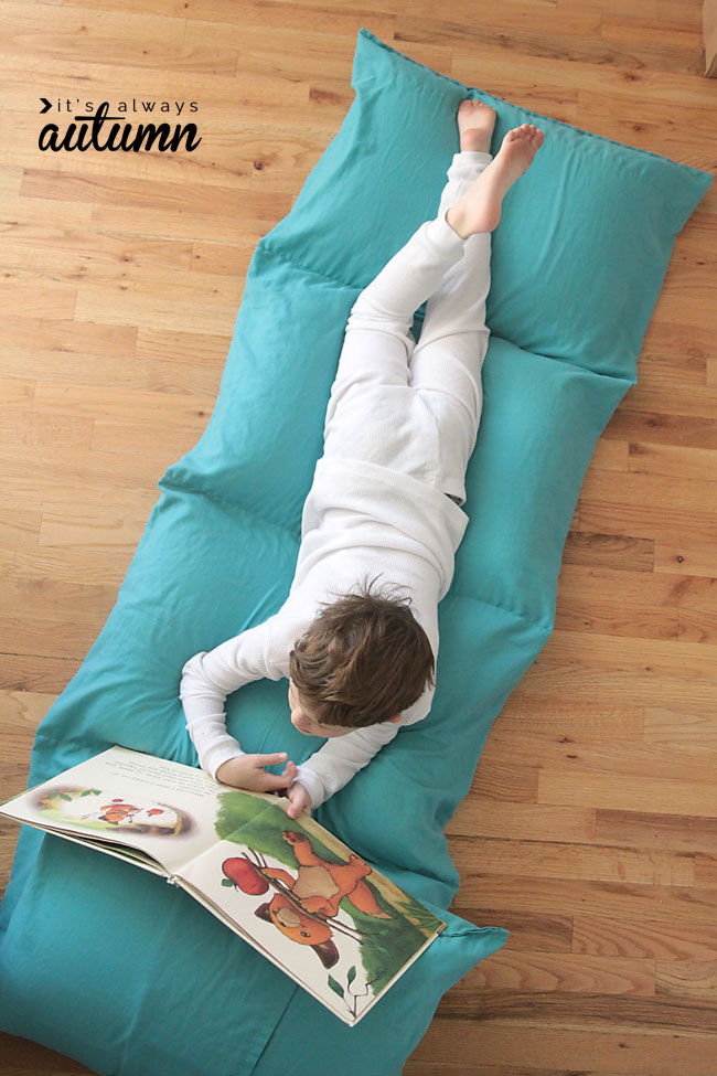 pillow-bed-chair-how-to-make-easy-cheap-gift-kids